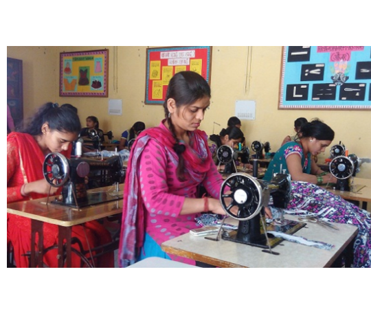 Katha School of Entrepreneurship: Vocational & entrepreneurship skill training to underserved youth and women.