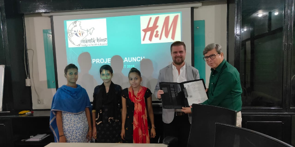 H&M-India-is-empowering-women-with-knowledge-and-skills-for-sustainable-Livelihoods