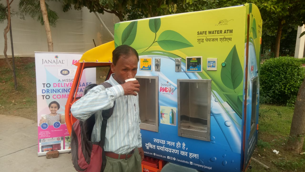 JanaJal partners with the Wildlife Trust of India to provide Water on Wheels(WOW) at Gaj Mahotsav